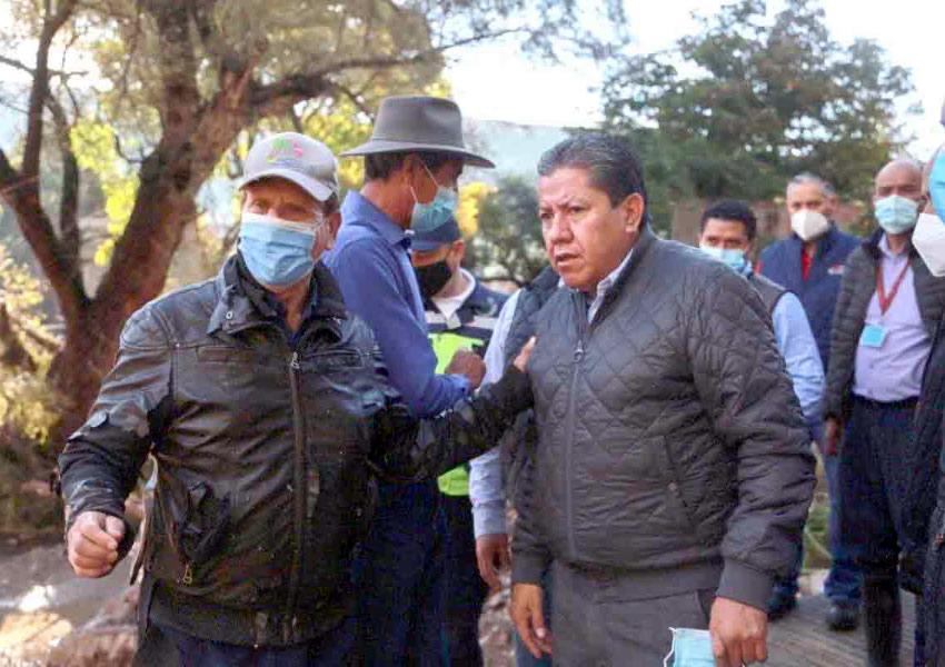 Gobernador David Monreal Apoya a Afectados por Desbordamiento de la Presa San Aparicio en Genaro Codina