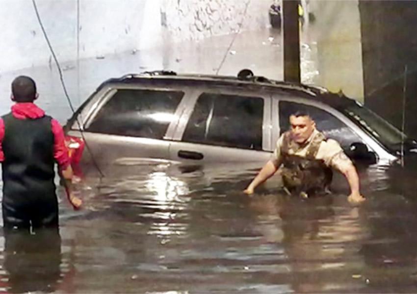 Muere hombre ahogado tras tormenta en la ZMG