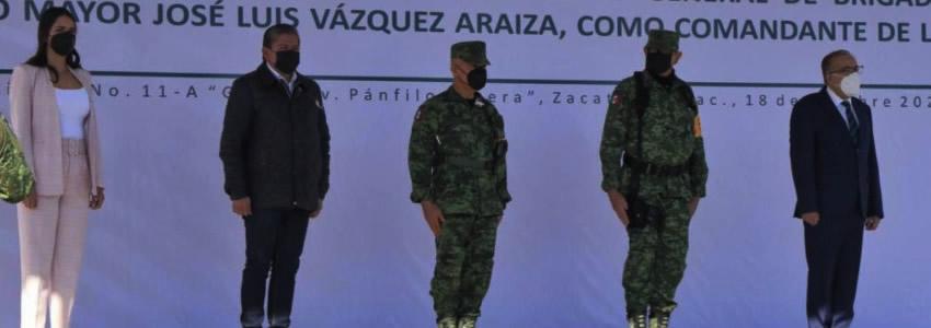 Atestigua Gobernador Toma de Posesión y Protesta del General José Luis Vázquez Araiza, Nuevo Comandante de la XI Zona Militar
